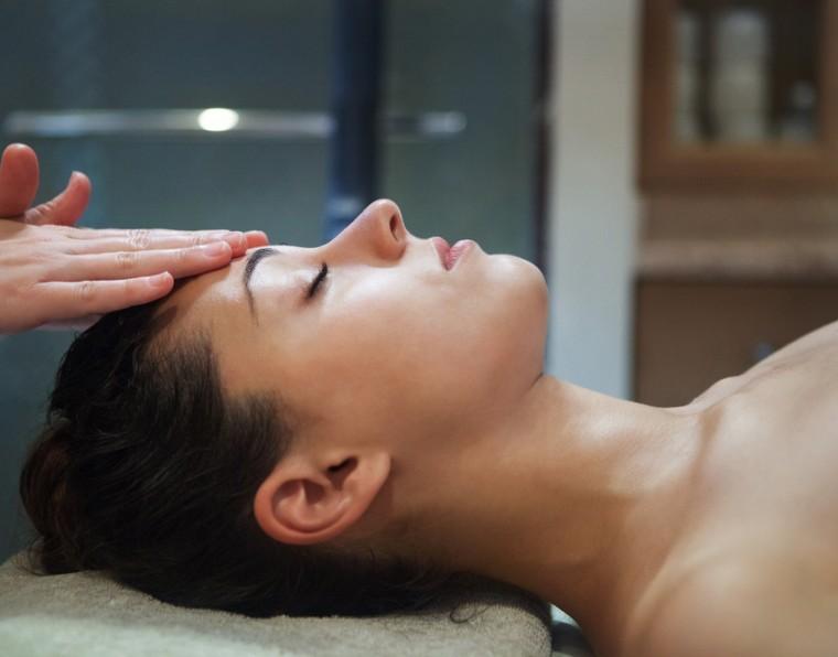 Ácido mandélico: o que é e como utilizar para tratamentos da pele   ADCOS Profissional